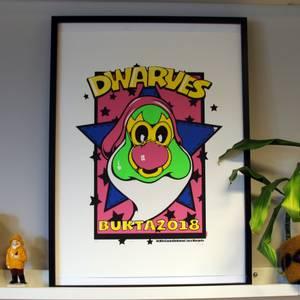Bilde av Dwarves - Silketrykk Loco